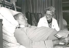 Dame Cicely Saunders doing hospice